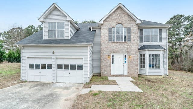 Photo 1 of 17 - 2240 Rosewood Mill Ct, Loganville, GA 30052