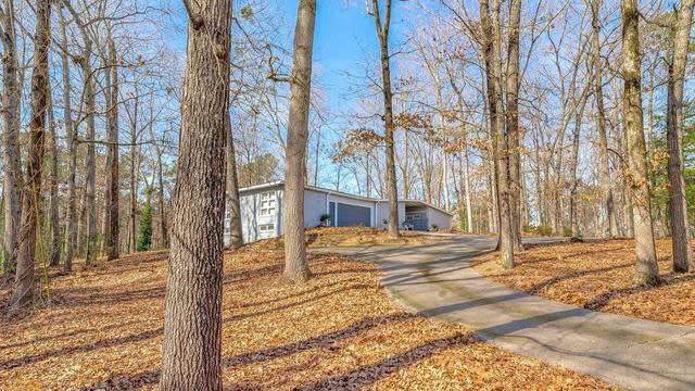 Photo 1 of 29 - 8835 Camp Ave, Jonesboro, GA 30236