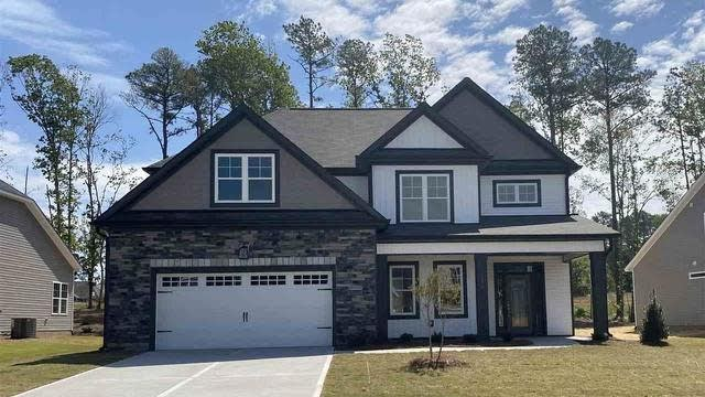 Photo 1 of 6 - 320 Stephens Way, Youngsville, NC 27596