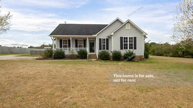 Photo 1 of 22 - 1015 Darius Pearce Rd, Youngsville, NC 27596