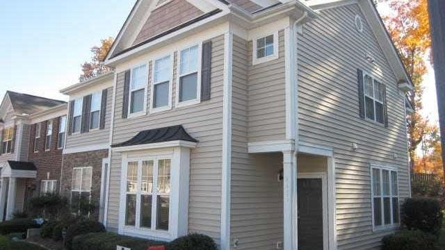 Photo 1 of 25 - 8431 Central Dr, Raleigh, NC 27613