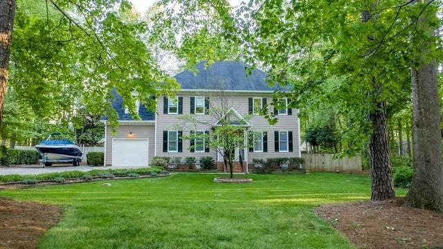 Photo 1 of 29 - 11421 Claybank Pl, Raleigh, NC 27613