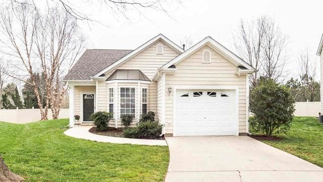 Photo 1 of 22 - 8202 Shadow Stone Ct, Raleigh, NC 27613