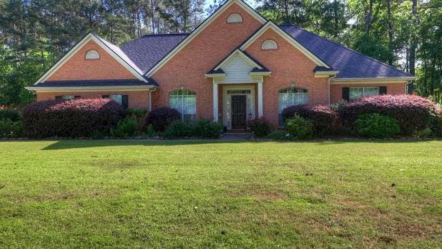 Photo 1 of 32 - 2194 Hedgerow Way, Jonesboro, GA 30236