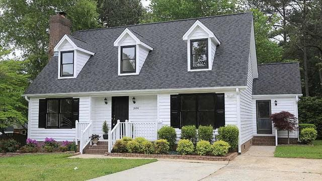 Photo 1 of 30 - 2604 Valley Woods Ct, Raleigh, NC 27613
