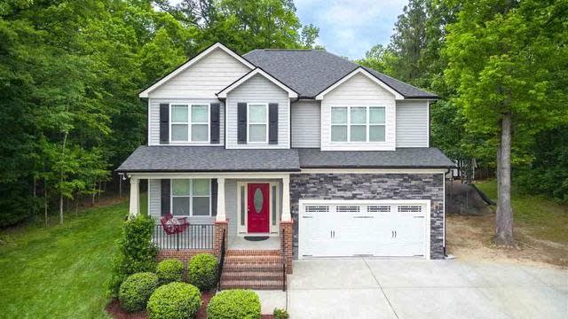 Photo 1 of 30 - 30 Brushwood Ct, Youngsville, NC 27596