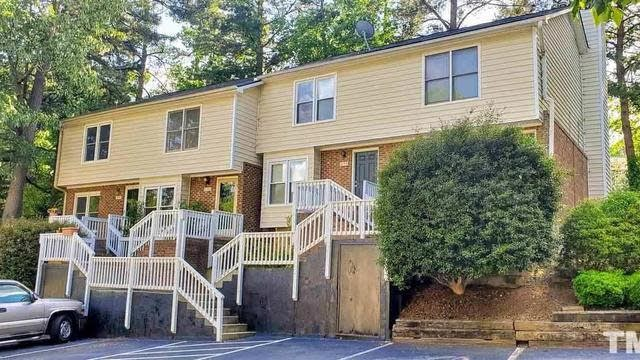 Photo 1 of 19 - 6153 Loch Laural Ln, Raleigh, NC 27613