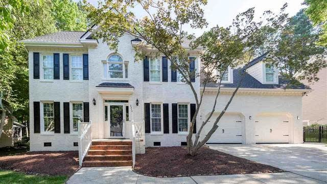 Photo 1 of 30 - 3316 Clandon Park Dr, Raleigh, NC 27613