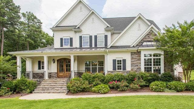 Photo 1 of 30 - 9004 Concord Hill Ct, Raleigh, NC 27613