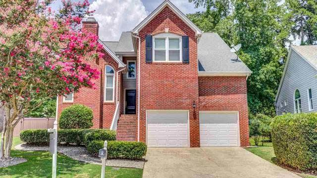 Photo 1 of 29 - 10032 Goodview Ct, Raleigh, NC 27613