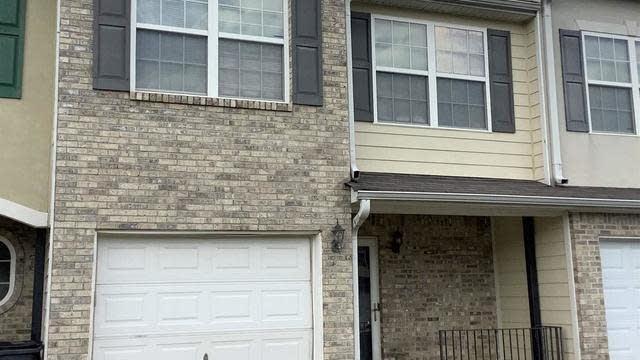 Photo 1 of 14 - 722 Georgetown Ct, Jonesboro, GA 30236