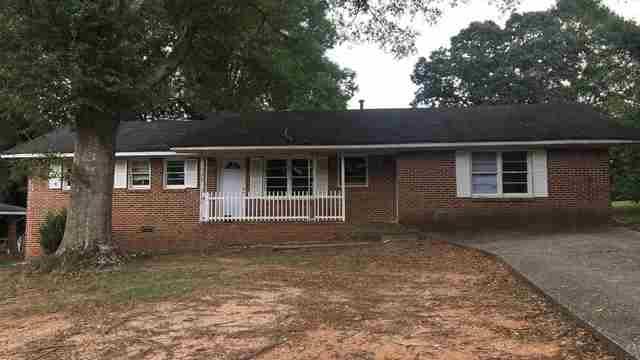 Photo 1 of 20 - 8308 Dewayne Ln, Jonesboro, GA 30236