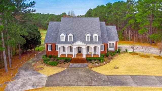 Photo 1 of 38 - 2368 Brown Rd, Buford, GA 30519
