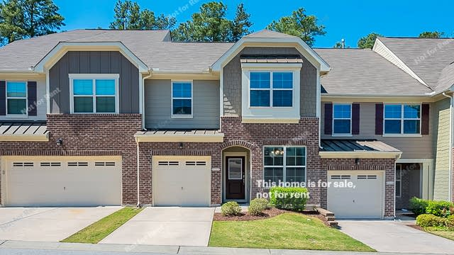 Photo 1 of 19 - 10039 Lynnberry Pl, Raleigh, NC 27617