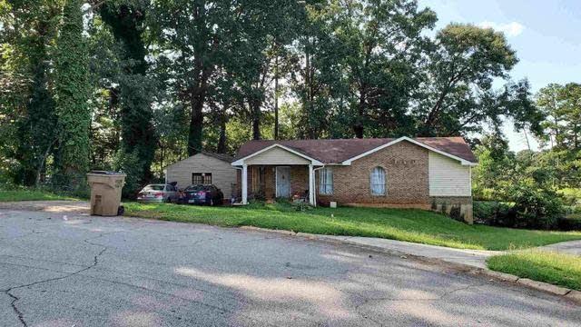 Photo 1 of 13 - 2804 Chelsey Trl #3, Jonesboro, GA 30236