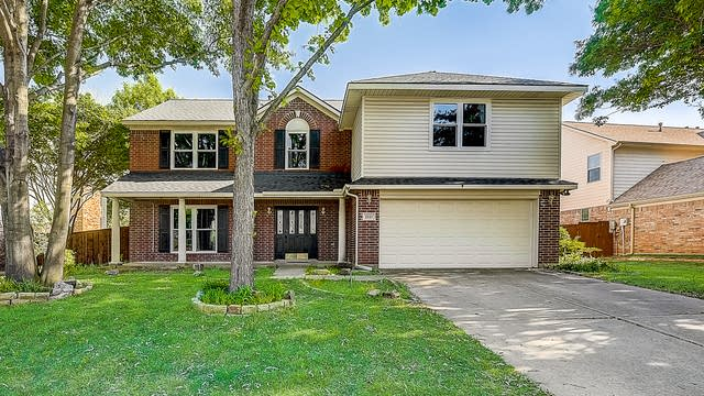 Photo 1 of 45 - 1521 Lindby Dr, Flower Mound, TX 75028
