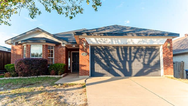 Photo 1 of 15 - 4105 Big Thicket Dr, Fort Worth, TX 76244