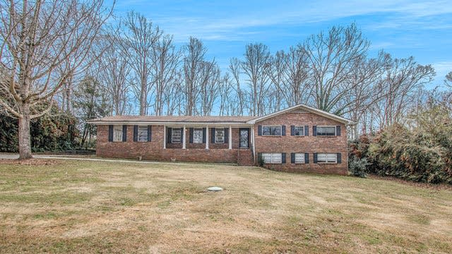 Photo 1 of 17 - 270 S Dr, Hampton, GA 30228