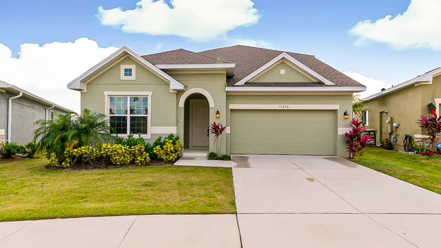 Photo 1 of 31 - 17050 Gathering Place Cir, Clermont, FL 34711
