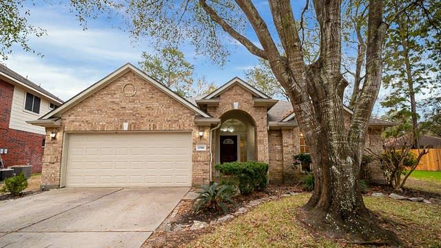 Photo 1 of 37 - 11906 Knoll Bend Ct, Houston, TX 77070