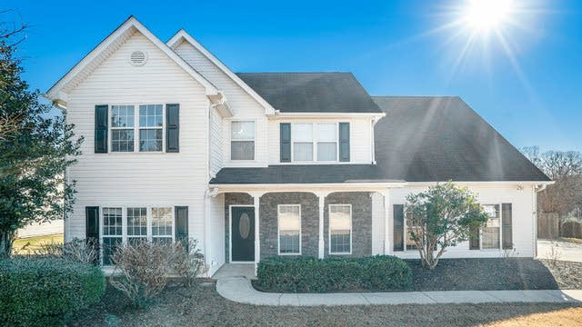 Photo 1 of 21 - 6237 Wilmington Way, Flowery Branch, GA 30542