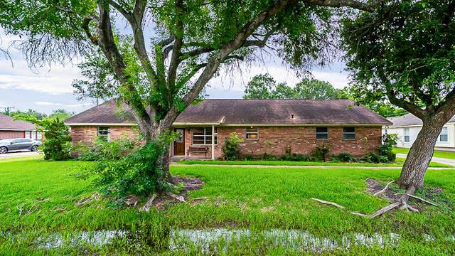 Photo 1 of 31 - 1133 Glenda St, Pearland, TX 77581