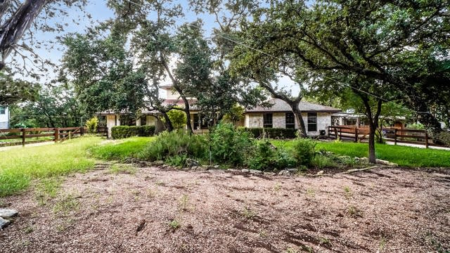Photo 1 of 27 - 5763 Circle Oak Dr, Bulverde, TX 78163
