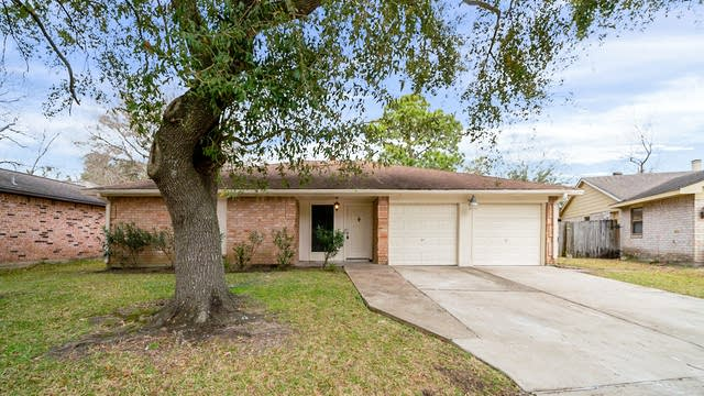 Photo 1 of 27 - 15239 Dunstable Ln, Channelview, TX 77530