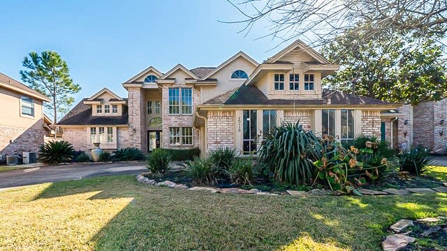 Photo 1 of 39 - 15119 New Hastings Dr, Houston, TX 77095
