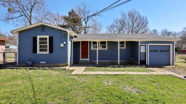 Photo 1 of 25 - 108 N Hillside St, Red Oak, TX 75154
