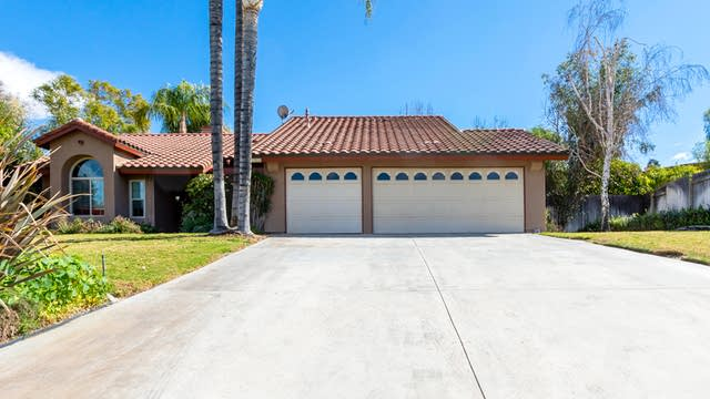 Photo 1 of 27 - 6250 Academy Ave, Riverside, CA 92506