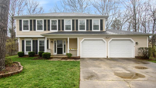 Photo 1 of 21 - 10708 Roxbury Ct, Charlotte, NC 28214