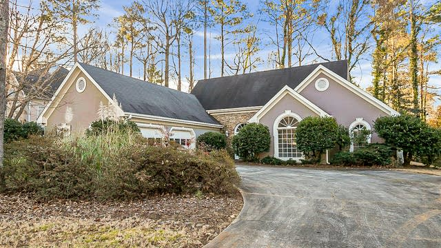 Photo 1 of 30 - 983 Denmeade Walk SW, Marietta, GA 30064