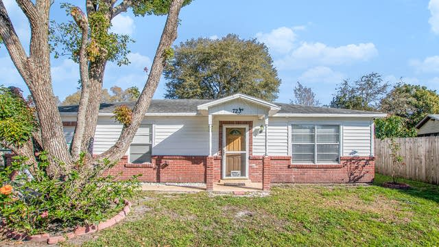 Photo 1 of 16 - 7233 Thomas Jefferson Cir W, Bartow, FL 33830