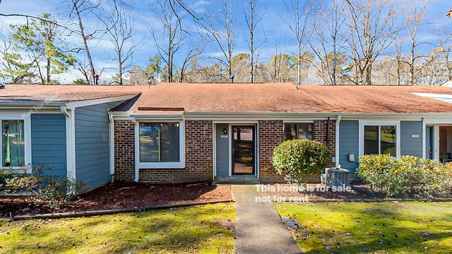 Photo 1 of 22 - 5817 Branchwood Rd, Raleigh, NC 27609