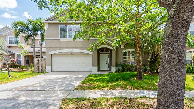 Photo 1 of 36 - 13521 Hawkeye Dr, Orlando, FL 32837