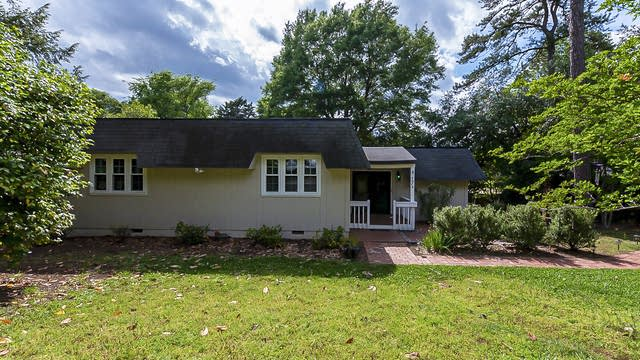 Photo 1 of 18 - 4049 Point Clear Dr, Tega Cay, SC 29708