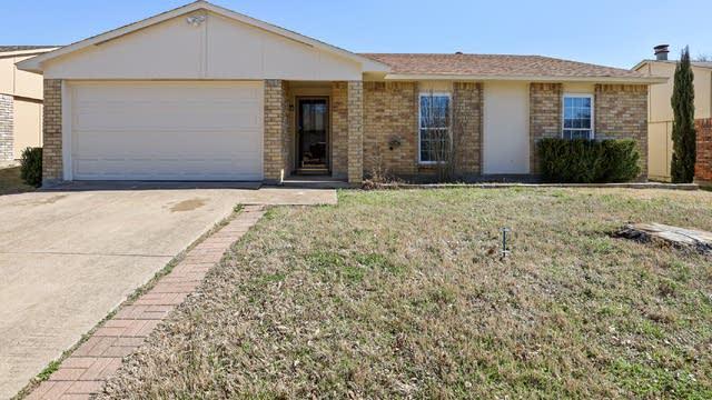 Photo 1 of 25 - 10209 China Tree Dr, Dallas, TX 75249