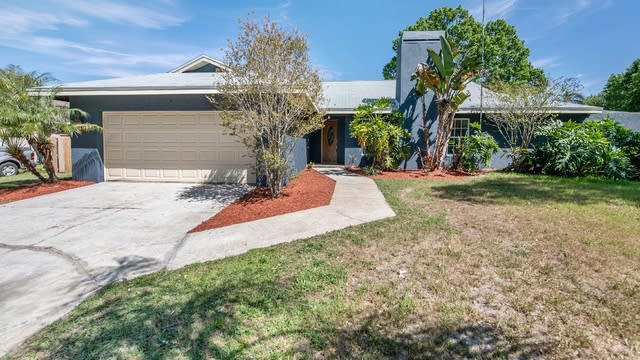 Photo 1 of 15 - 3210 Lois Ct, Land O Lakes, FL 34639
