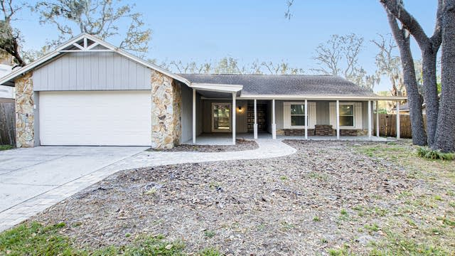 Photo 1 of 15 - 3909 Applegate Cir, Brandon, FL 33511