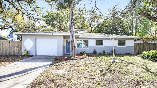 Photo 1 of 18 - 1361 Essex Dr, Clearwater, FL 33756