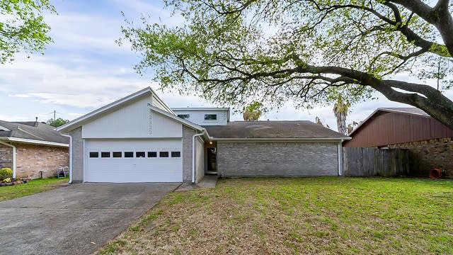 Photo 1 of 37 - 2233 W Clare St, Deer Park, TX 77536