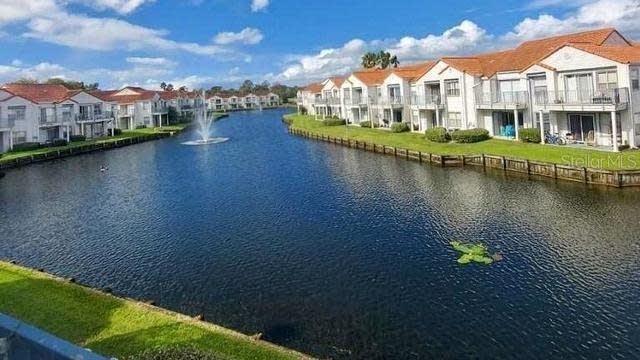 Photo 1 of 21 - 2568 Woodgate Blvd #206, Orlando, FL 32822