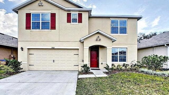 Photo 1 of 57 - 1868 Hickory Bluff Rd, Kindred, FL 34744