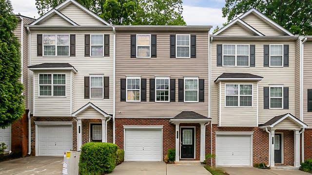 Photo 1 of 27 - 630 Providence Pl SW, Atlanta, GA 30331