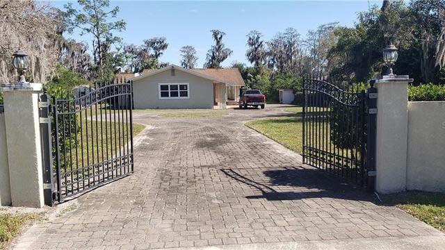 Photo 1 of 20 - 3733 Percival Rd, Orlando, FL 32826