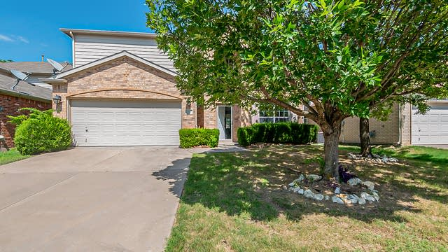Photo 1 of 22 - 8609 Stonewall Ct, Fort Worth, TX 76123
