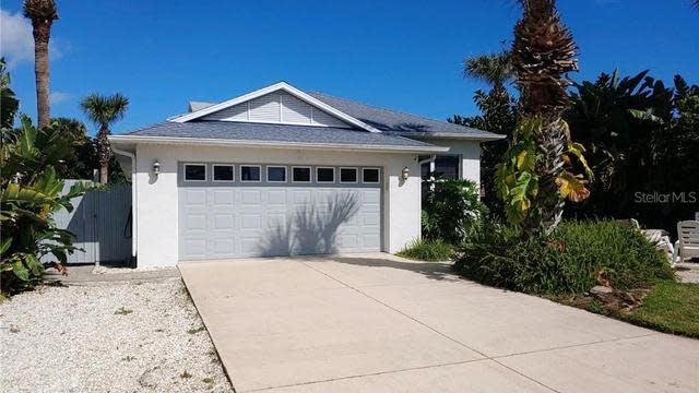 Photo 1 of 21 - 830 Hope Ave, New Smyrna Beach, FL 32169