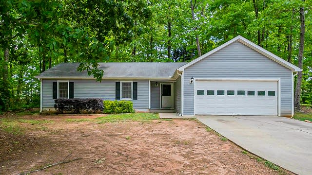 Photo 1 of 27 - 215 Summerfield Ln, McDonough, GA 30253