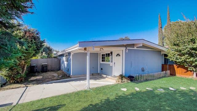 Photo 1 of 25 - 633 Kegle Dr, West Sacramento, CA 95605